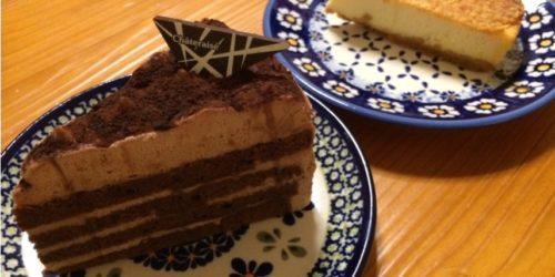 シャトレーゼのチョコレートケーキとベイクドチーズケーキ